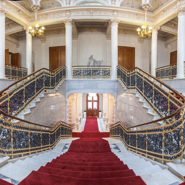 Шуваловский дворец. Музей Фабердже