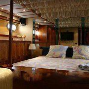 Яхта Benetti