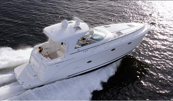 Яхта Rinker