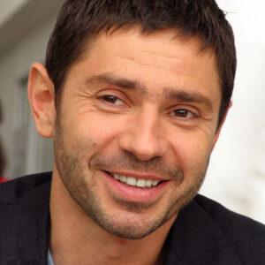 Николаев Валерий