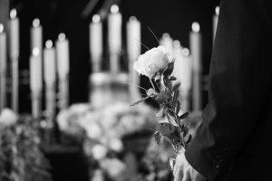 Доставка траурных венков и цветов